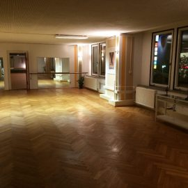 Outfaced Dancestudio kleiner Saal
