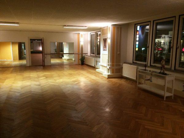 Outfaced Dancestudio kleiner Saal