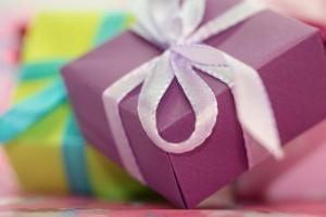 gift-553153_1920